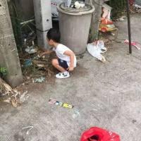 孩子不想上学,泰国妈妈只用一招就搞定了,