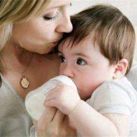 宝宝吐奶、腹泻、奶瓣、肚子鼓这些情况,都跟积食无关!