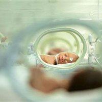 儿科医生告诫:一旦发现婴儿这几个方面有异常,请及时就医!