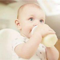 一岁后还不给宝宝戒奶瓶?你是要坑他多久!