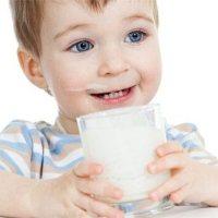 添加輔食後,寶寶每天的奶量和喝奶次數怎麼安排?看完你就懂了!