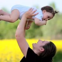 宝宝抚触你真的懂吗?操作不当是在毁孩子啊!