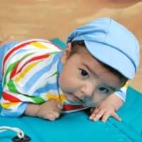 为何爬行让宝宝智力更好?从趴到走怎么练?学步带学步车要用吗?