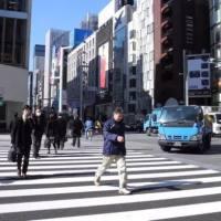 为什么日本父母会让孩子独自上学?背后原因让人深思!