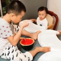 三胞胎妹妹挑食不吃饭,妈妈急得没办法,哥哥的这个做法简直超神!