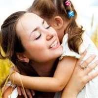高龄孕妇头胎是女儿, 二胎为凑成好字, 女儿的话却让全家陷入困境