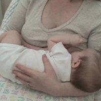 产妇可以戴胸罩吗,产妇母乳喂养时要不要戴胸罩?