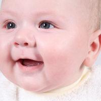 宝宝突然不愿意吃奶?不一定是生病,不一定是生病!