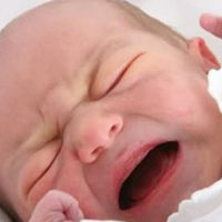 """新生宝宝未满100天这两个""""误区""""宝妈不要犯,自己难受宝宝受罪"""