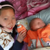 13岁女孩突然喝农药去世,妈妈看完日记后,才知女儿内心世界