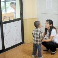 奶奶:我是退休教师,我的孙子自己教,不用上幼儿园!