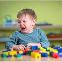 开学到现在娃娃每天哭闹,不肯上幼儿园,有什么好办法?
