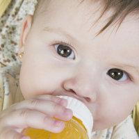 宝宝厌奶期别急 妈妈可以这样做