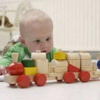 宝宝有这三种行为,是大脑高速运转的一些表现,宝妈们可不要阻止