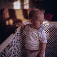宝宝要开始学吃饭了 如何让孩子增加对食物的兴趣呢?