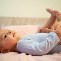 宝宝的三种屁事:宝宝放屁多、特别响是肠道出现问题了吗?