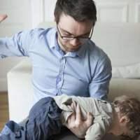 家长这几种管教方式,对孩子的伤害真的不小
