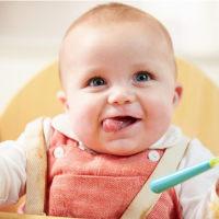 五大信号告诉你,宝宝该添加辅食了!