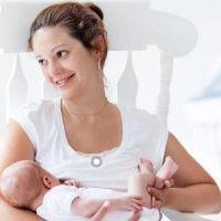 母乳喂养时,如果宝宝有这三个表现,说明口粮不够了