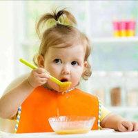 12个月宝宝的饮食这样安排最科学,掌握5点,再也不怕孩子吃的没营养