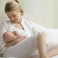新妈不慎感冒 还可以哺乳吗?