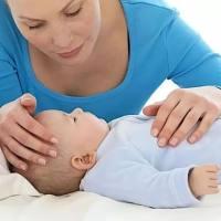 宝宝打完疫苗后发烧,医生竟然说正常?