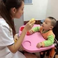 新生儿肠胃脆弱,1岁左右的喂养,要遵从这3个原则