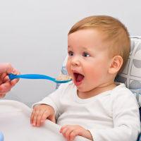 宝宝不爱吃饭的原因都在这,快看你家宝宝是哪一种?