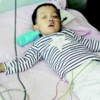 半岁宝宝呼吸道感染严重,只因宝妈给孩子铺了这个,无知太可怕