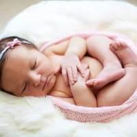 寶寶什麽季節斷奶最合適?寶寶斷奶哭鬧怎麽辦?