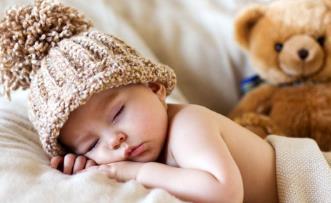 宝宝冬天睡觉