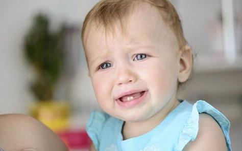 宝宝长牙发烧怎么办