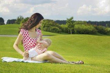 懷孕了還能喂奶嗎