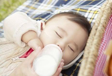 奶瓶对口腔的影响