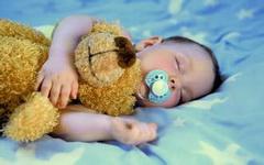 新生儿红疹是怎么回事