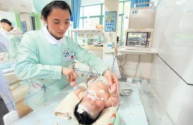 新生儿呼吸机