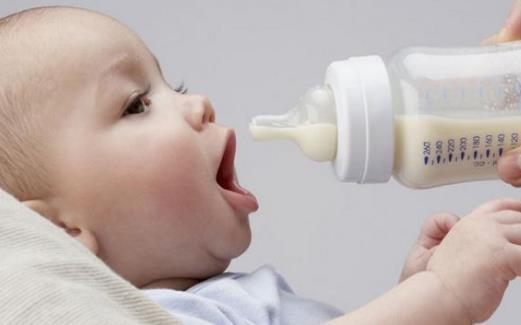 新生儿营养