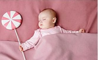 新生兒原始反射