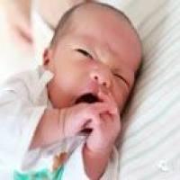 """这六种新生儿的""""异常现象""""是正常的,你都知道吗?"""