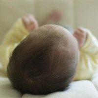 寶寶偏頭不是小事,會直接影響大腦發育!