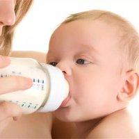 1段奶粉营养好,宝宝可以一直喝吗?奶粉必须分段吗?