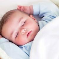 这些错误的哄睡方法会伤害孩子大脑,家长们赶紧改掉!