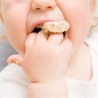 【家家母婴】不想以后追着喂饭?锻炼宝宝这项能力的黄金期别错过!