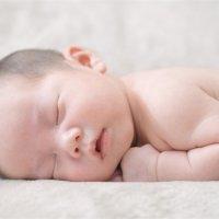 【家家母婴】宝宝头型不好会影响颜值?3个办法,塑造完美头型!