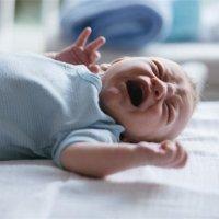 """【家家母婴】宝宝为什么会""""只打雷不下雨""""只哭没眼泪?家长平时可以这样做!"""
