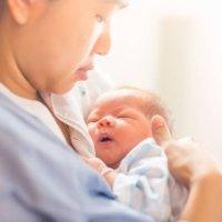 【家家母婴】每天应该吃多少,宝宝才能摄入足够的钙呢?一图说清
