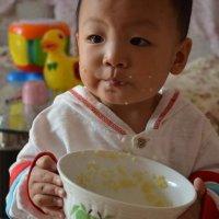 """劝告家长:别再给娃喝""""毒汤"""",容易积食难长个,还有家长在犯傻"""