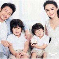 邹市明和冉莹颖自曝已生三胎    同样是多生几个孩子张艺谋家竟被罚款748万元