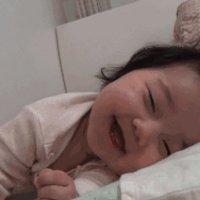 趴睡易容易窒息?这个睡姿让宝宝睡得舒适又安全!