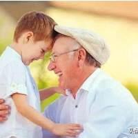 孩子经常和老人睡好,还是和父母睡好?答案可能和你想的不一样